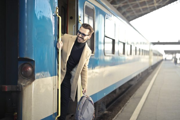 backpack-bag-blur-837359